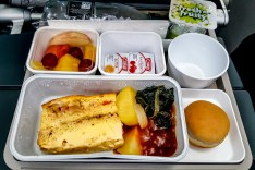 Airline Food - Cathay Pacific 03