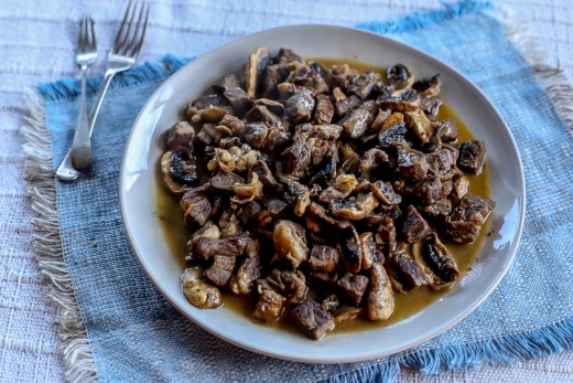 Spicy Buttered Steak and Mushroom Bites 1