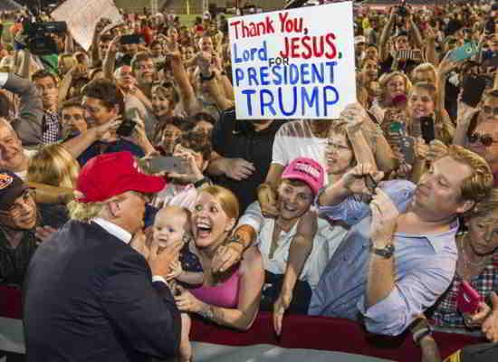 Donald Trump a choqué le monde avec sa victoire à l'élection présidentielle américaine la semaine dernière
