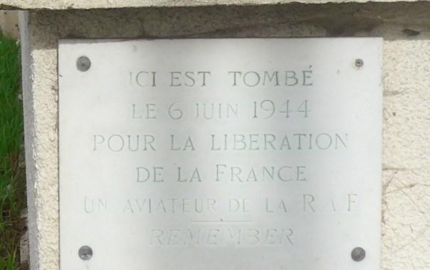 RAF memorial at the Goujon d'Eragny, Chemin du Halage, Eragny