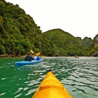 There is no better place to do kayak than Halong Bay!