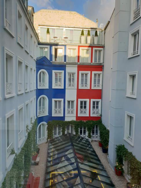 Hotel-paris-34B-aniinthesky