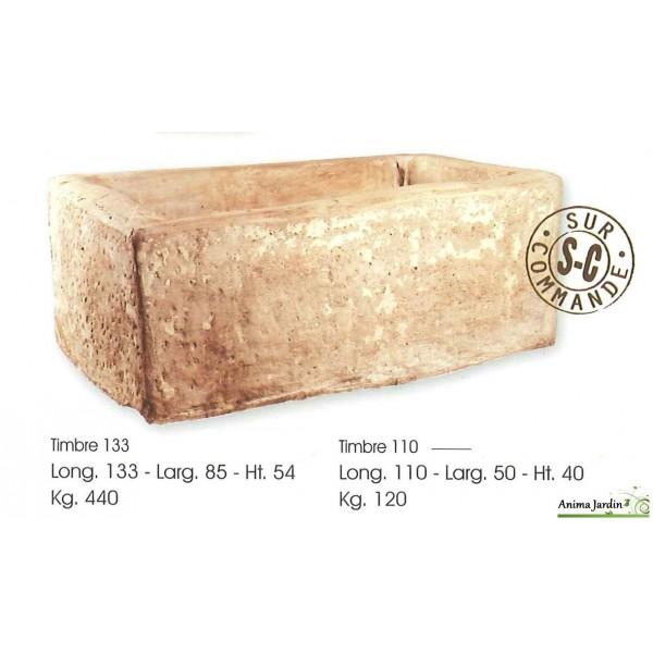 bac en pierre timbre en pierre reconstituee auge ancienne hairie achat