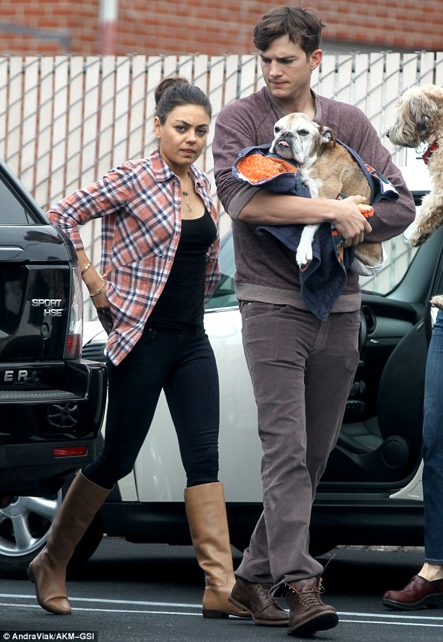 ashton kutcher and dog 2