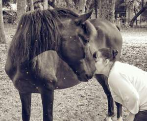 Kim Curl Moore & horse.