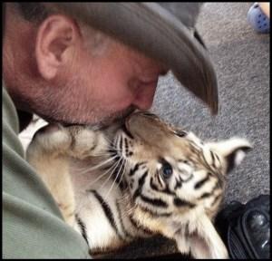 Tim Stark & tiger cub