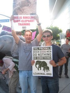Sam Simon at Ringling demonstration.  (PETA photo)