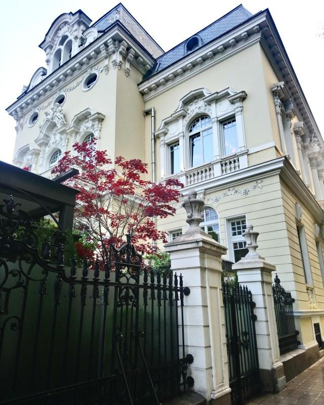 Сецесион в София - къщата на Димитър Яблански и копи маркетинг.