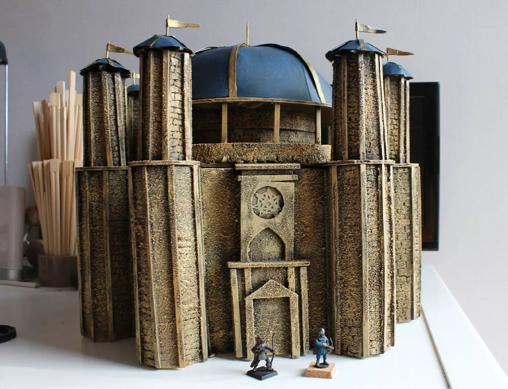Animación-Figura-Decorados-Templo-de-Baelor-miniaturas-28mm