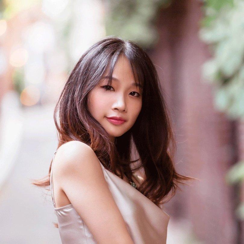 headshot of Suzie Yeung