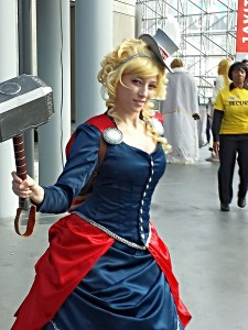 NYCC 2013 Saturday - Lady Thor