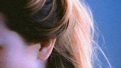 عادات خاطئة تضر بصحة شعرك