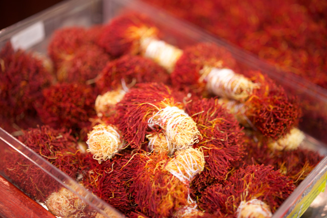 How to Buy Saffron : anissa's blog