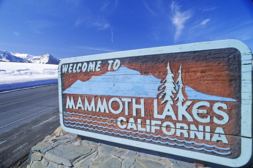 Mammoth Lakes sign photo from Shutterstock