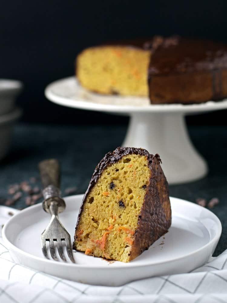 Paleo Carrot Chocolate Cake | Anita Healthy