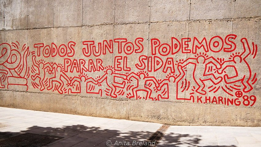 Barcelona Rocks Its Street Art Then And Now Anita S Feast