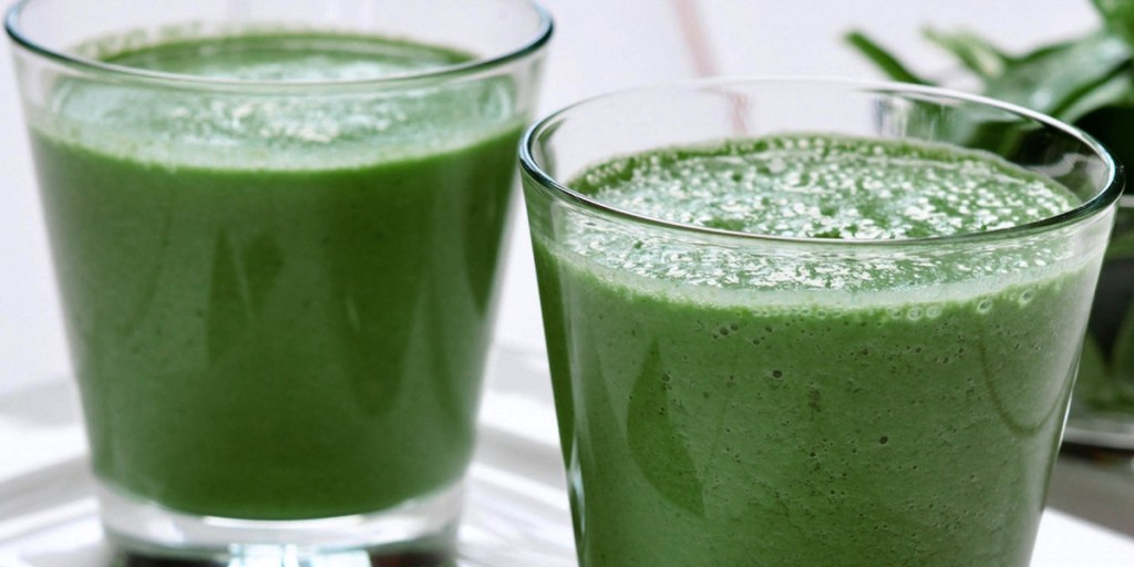 what I eat in a day - Dr. Anita's green smoothie