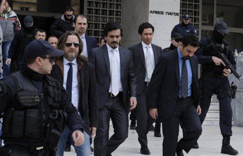 «Όχι» στην έκδοση τριών από τους οκτώ τούρκους αξιωματικούς