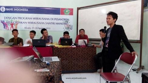 Anjrah Pasar Semarang Rekomendasi Pemateri Seminar Bisnis Online untuk Pemula
