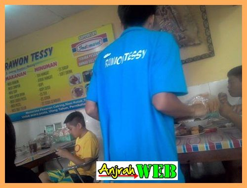 Rawon Tessy, Kuliner Pagi Enak Malang Dekat Stasiun Malang