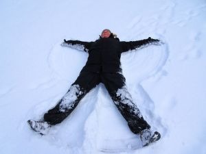 Schneeengel in der Schweiz. Entspannung