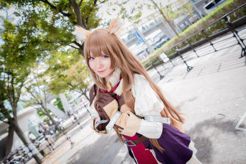 Chica hace un sensual cosplay de Raphtalia de Tate no Yuusha no Nariagari