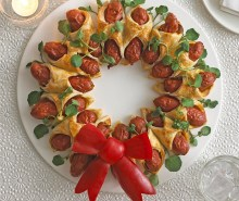 Mini Hot Dog Christmas Wreath