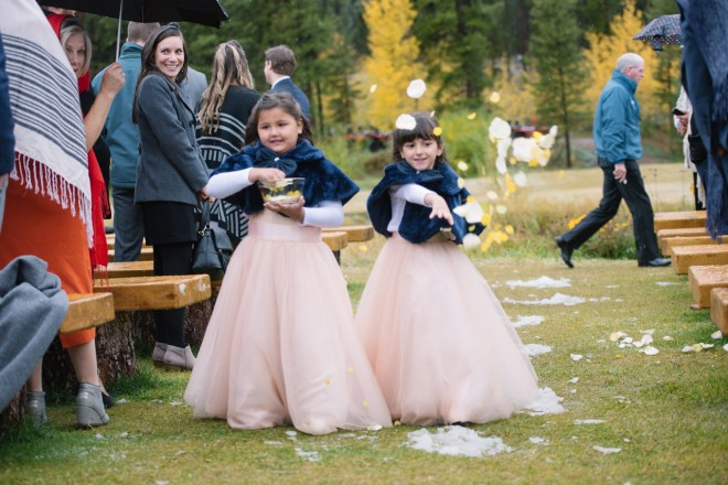 flower girls in pink and blue