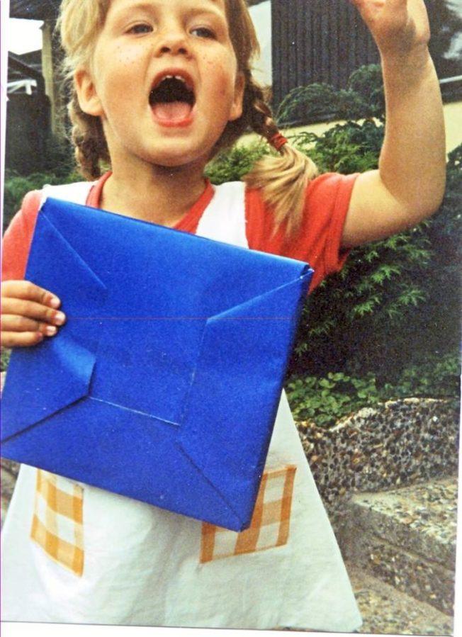 Anna som barn utklädd till Pippi Långstrump.