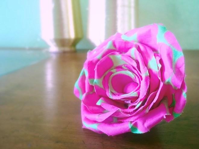 variante rose di stoffa con cotone fantasia