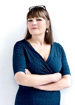 Portræt af forfatteren Anna Grue