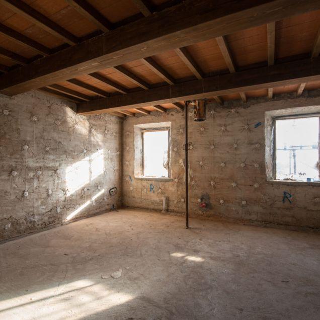 anna-aldighieri-cantieri-terremoto-emilia-fotografia-ricostruzione-3