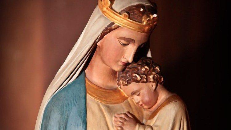 Maria è il canale che Dio usa