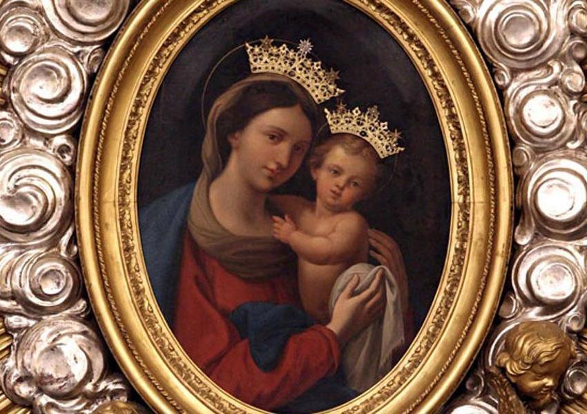 Bisogna avere fiducia in Maria, Regina di Misericordia