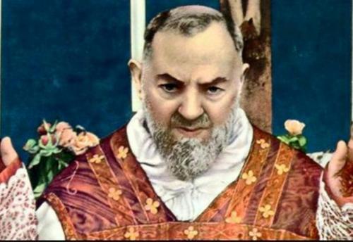 Padre Pio vede qualcosa di terribile