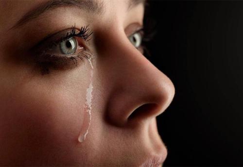 Il dono delle lacrime l'ho vissuto a Medjugorje, tornato a casa ho detto mi faccio sacerdote