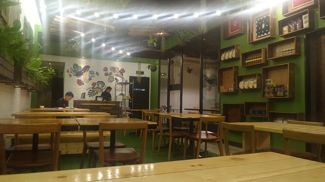 Earth Kitchen at BHS Central, BGC