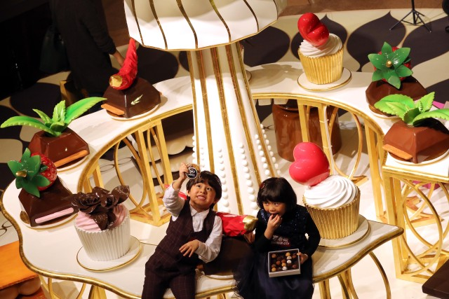 Chocolate Trail in @HKHarbourCity until Feb. 21