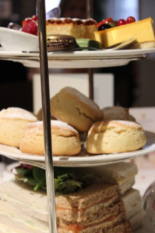 afternoonteapizza 043