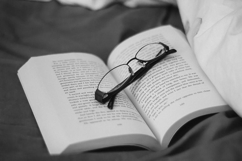 bone-chilling ghost books