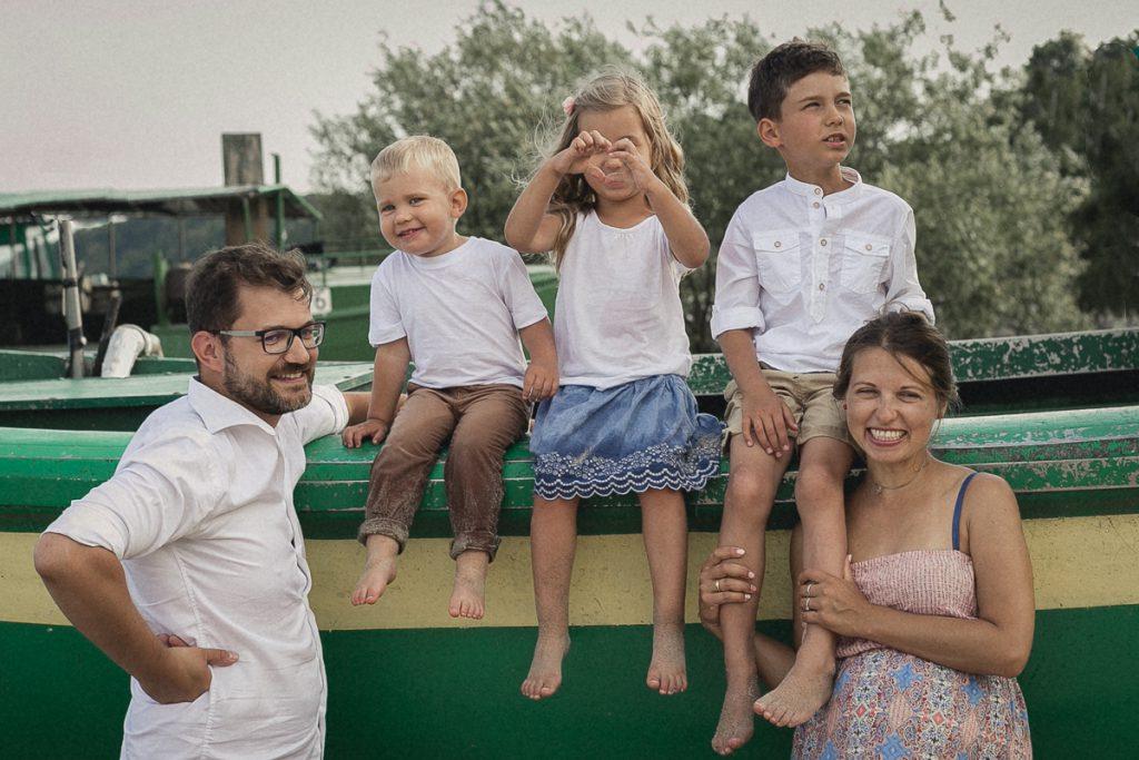 sesja rodzinna nad morzem
