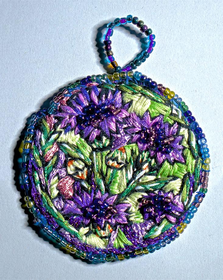 Corn flower medallion