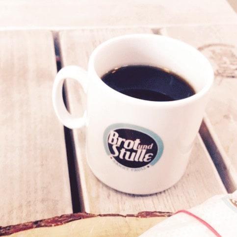 Tag 2: keine Milch im Kaffee  ...was außer Soja trinkt ihr denn im Kaffe anstatt Kuhmilch? Ich find alles BähBäh! #butfirstcoffee #noMilk #coffee #Hamburg #welovehh #ilovehh #blog #blogger #blogger_de