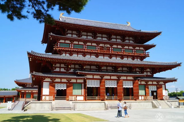 The main hall of the Yakushi-ji Temple in Nara, Japan