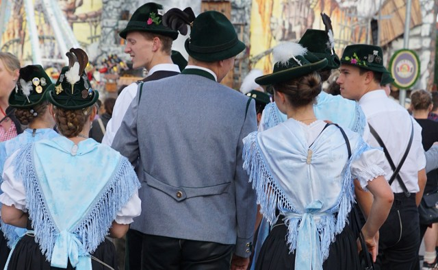 different braided oktoberfest hairdos