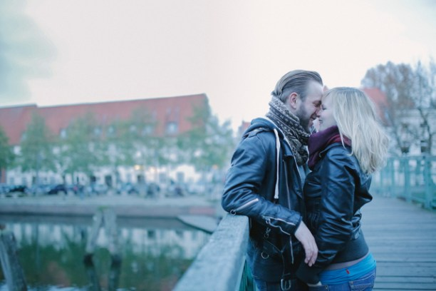 Lovebirds 05