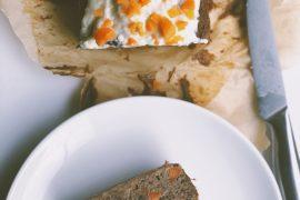 Glutenvrij bananenbrood met wortel