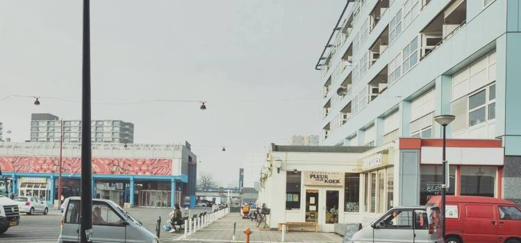 PLEIN/REIS – Theaterroute op het Buikslotermeerplein