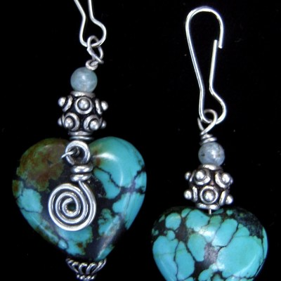 Turquoise hearts with silver embellishment and zipper pulls