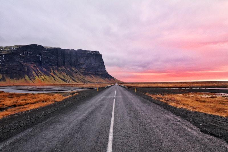 「iceland road trip」の画像検索結果